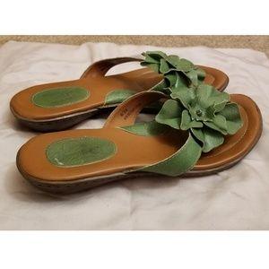 Born B.O.C. Flower Sandals